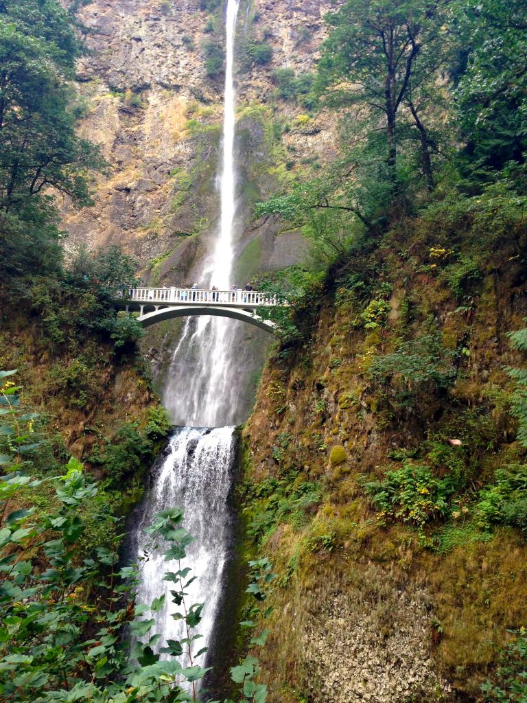 multnomah-falls-portland-oregon
